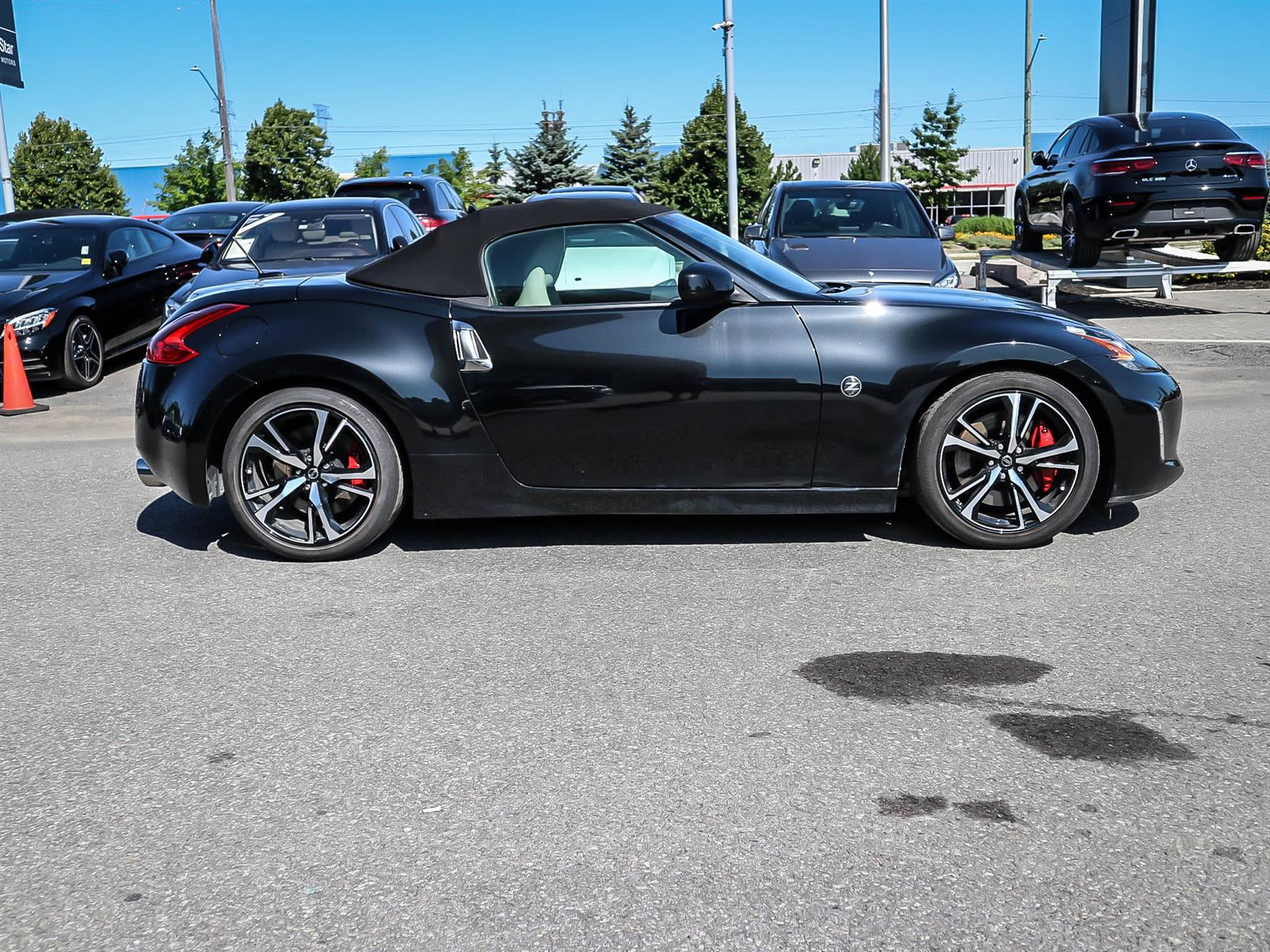 Pre-Owned 2019 Nissan 370Z Roadster 370Z Touring Roadster